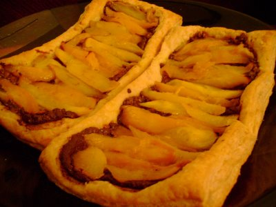 Caramelized Mango Tart with Mexican Chocolate